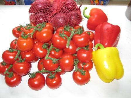 tomatensalat-mallorquinische-art-zutaten.JPG