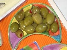 oliven-mit-paprika-gefullt.JPG