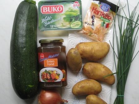 zucchini-gefullt-m-kartoffeln-und-wald-barlauch-friscjkase.JPG