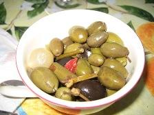 leckere-oliven-dazu.JPG