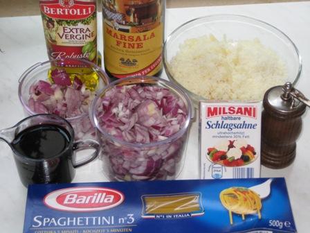 zutaten-spaghettini-zwiebel-marsala-sose.JPG